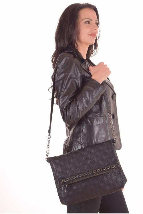 Черна чанта 20.00