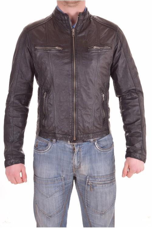 Черно яке от естествена кожа 65.00