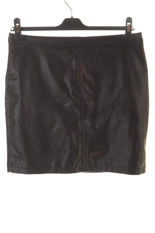 Хубава дамска пола от изкуствена кожа 10.00