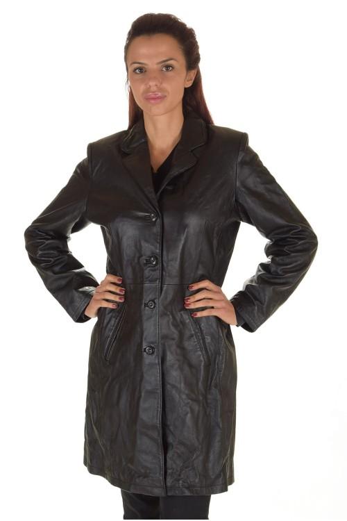 Изящен дамски кожен шлифер 74.00