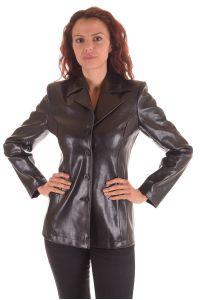 Дамско сако от лъскава изкуствена кожа