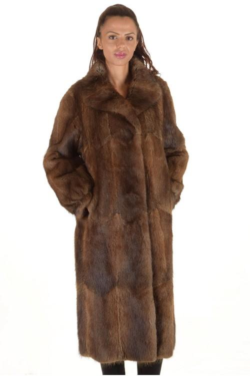 Хубаво дамско палто от ондатра 169.00