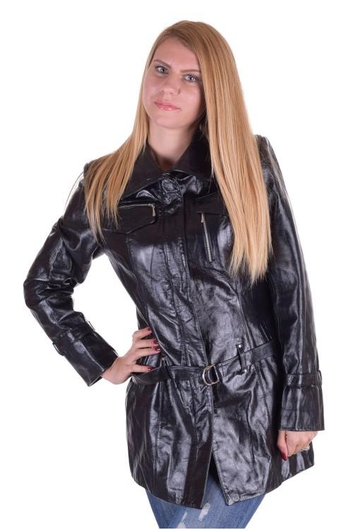 Моден дамски кожен шлифер 69.00