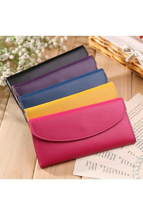Многоцветно дамско портмоне 37.00