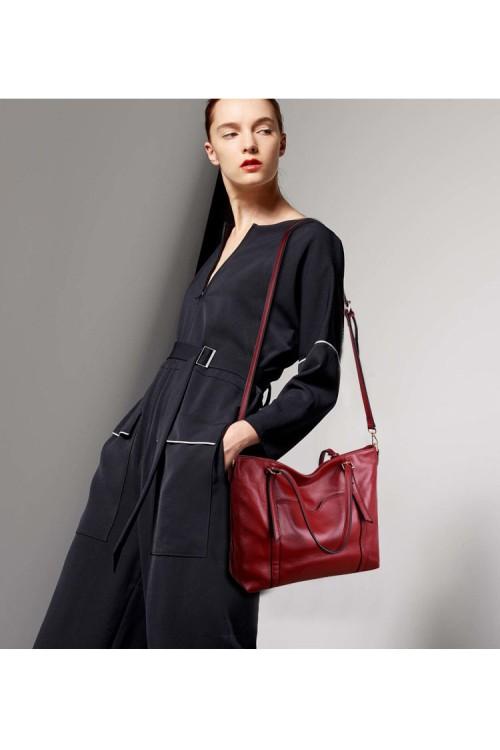 Дамска чанта от естествена кожа 150.00