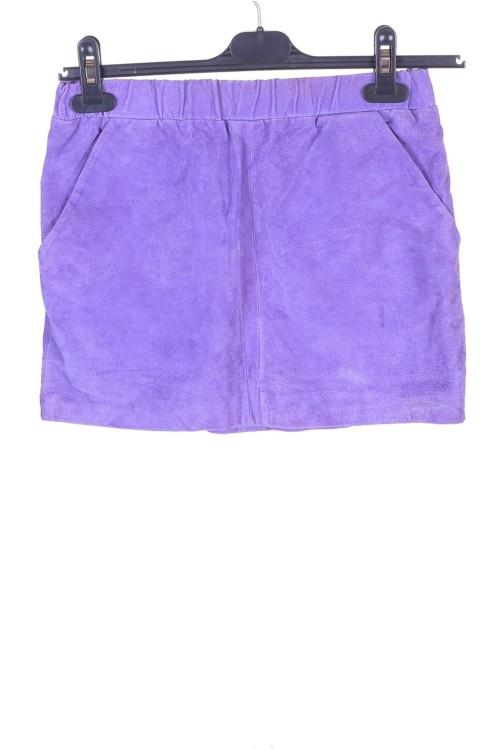 Лилава велурена пола от естествена кожа 12.00