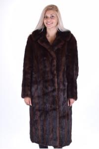 Дамско палто от ондатра