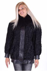 Кокетно палто от астраган