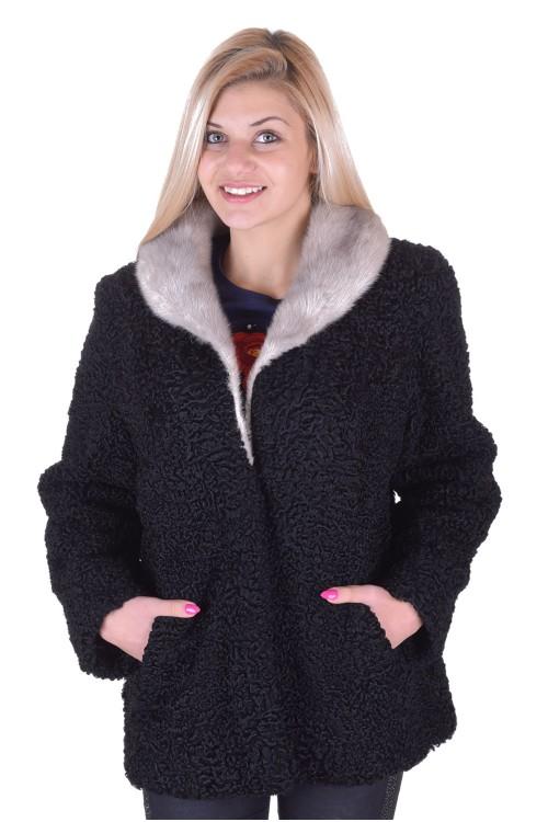 Модерно дамско палто от астраган 149.00