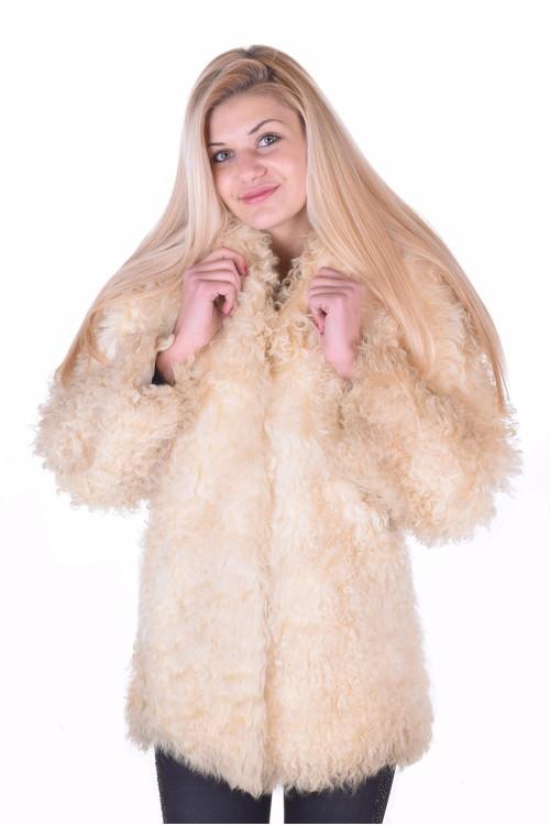 Палто от естествен косъм 9.00