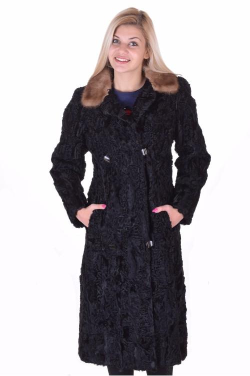 Актуално палто от астраган 169.00