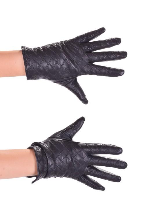 Хубави дамски ръкавици от нежна и мека кожа 14.00