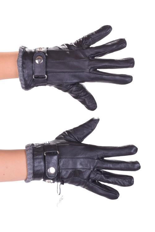Спретнати дамски ръкавици от естествена кожа 18.00