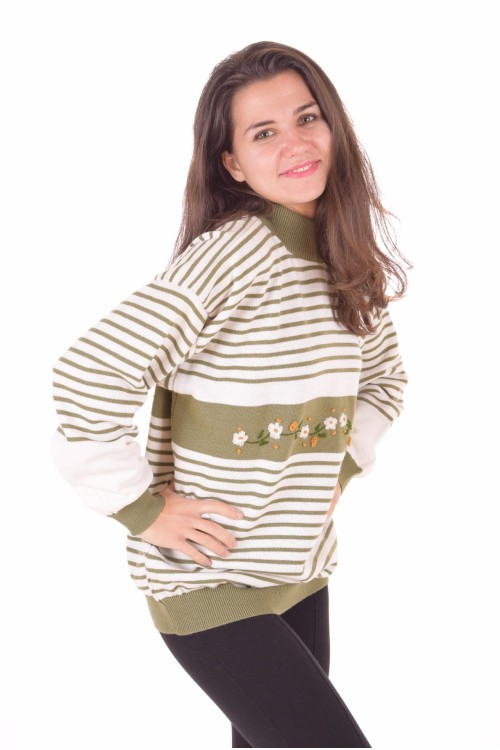 Дамски пуловер 16.00