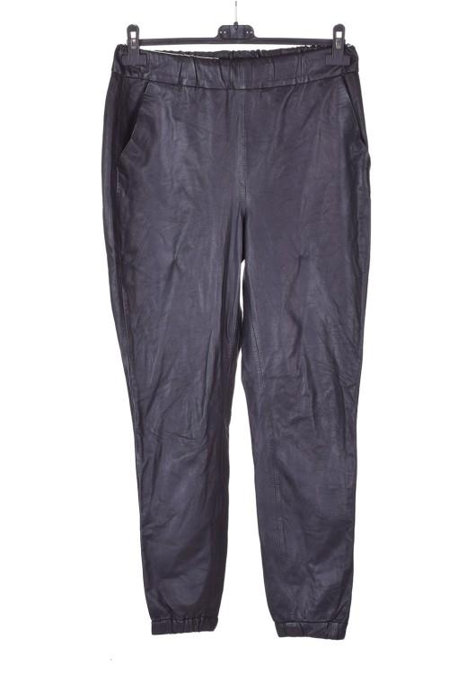 Дамски панталон от естествена кожа 29.00
