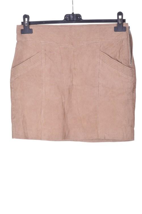 Маркова велурена пола от естествена кожа 18.00