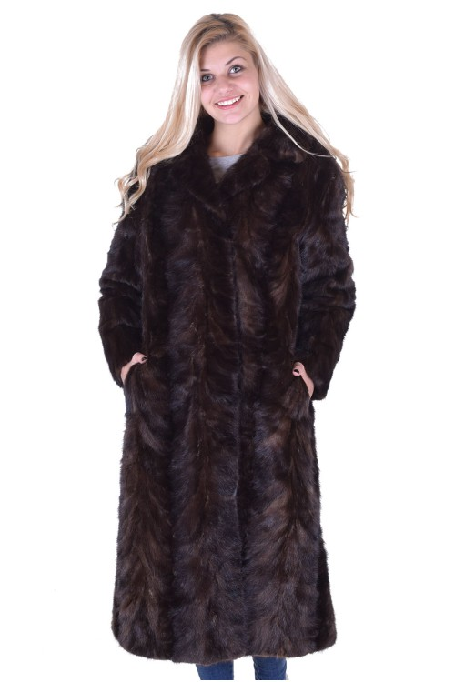Представително дамско палто от норка 285.00