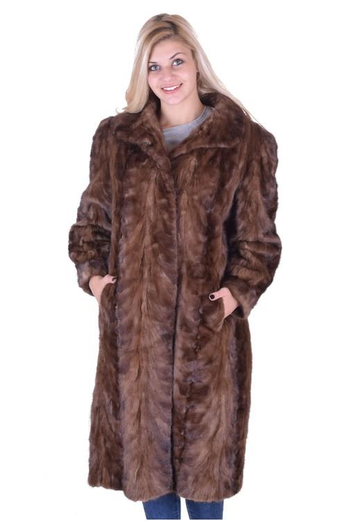 Модерно дамско палто от норка 320.00